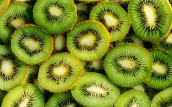 What country is the largest producer of kiwis?